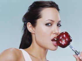 Диета Анджелины Джоли — секреты стройности