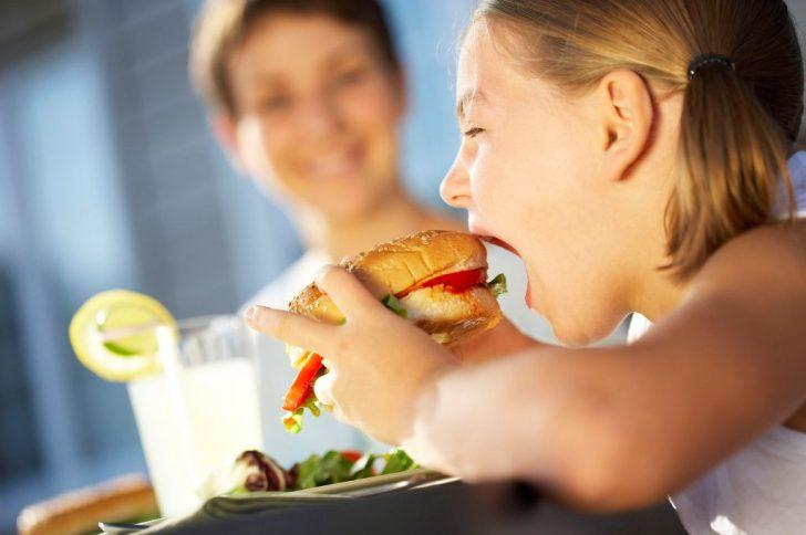 Ожирение у детей, способы борьбы с лишним весом