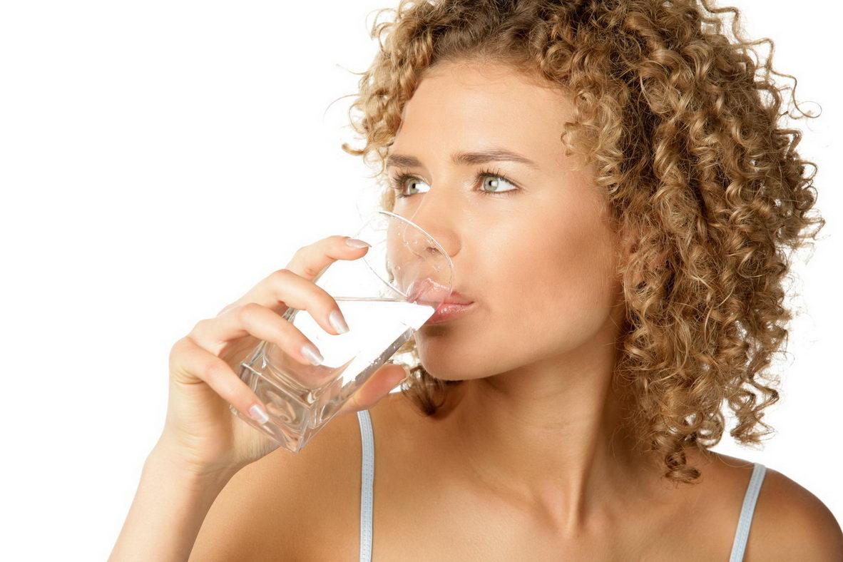 Вода как диета: вымываем лишние килограммы