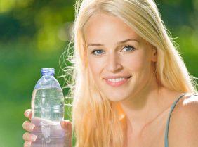 Легкие разгрузочные дни на воде для похудения