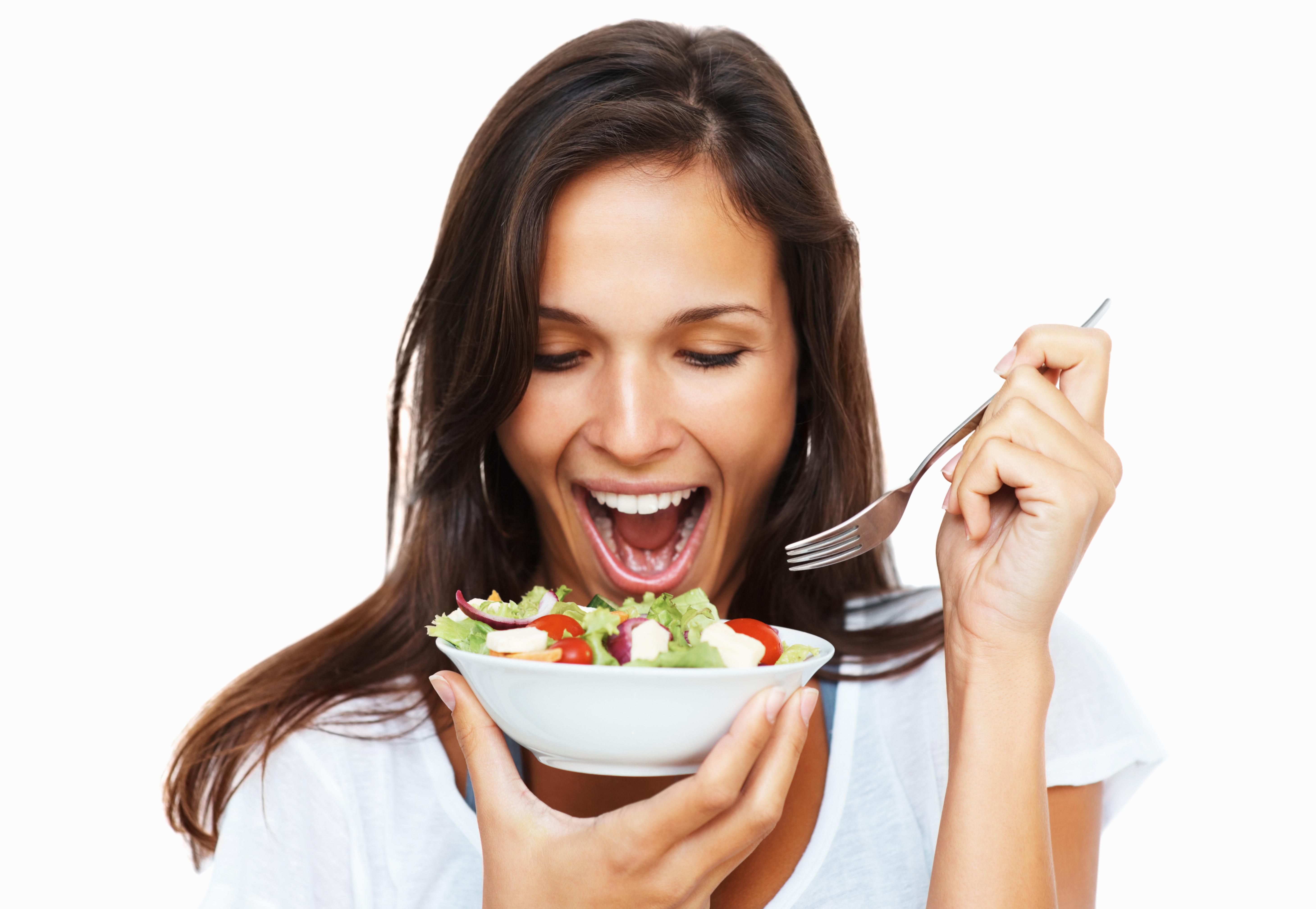 Несколько распространенных рецептов легких салатов