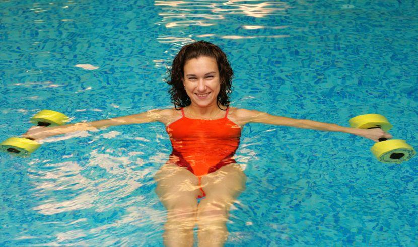 Как похудеть в бассейне?