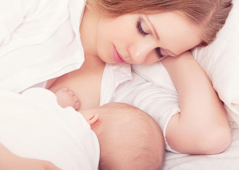 Как подтянуть грудь после родов и кормления