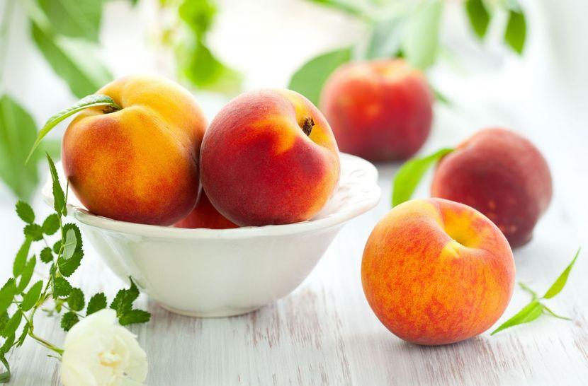 Лучшие рецепты красоты - маски из персиков