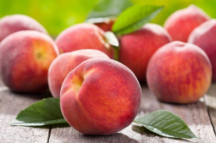 Персик для кожи лица и его применение в домашней косметологии
