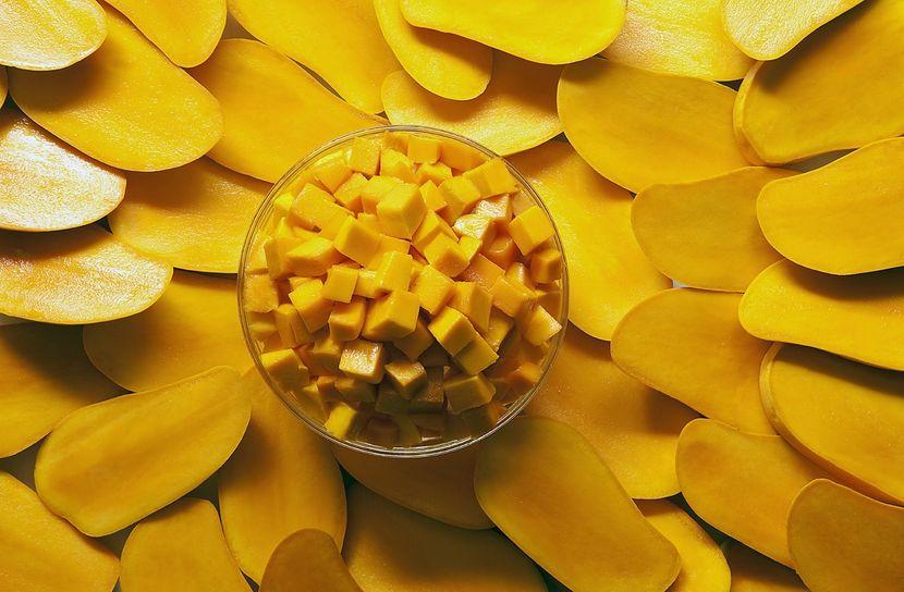 Как готовить маски для лица из манго