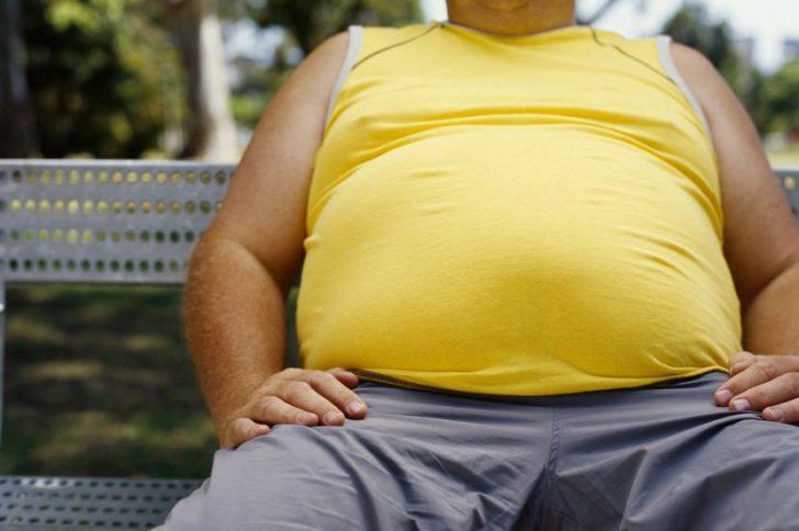 Почему у мужчин быстро растет живот и как с этим бороться?