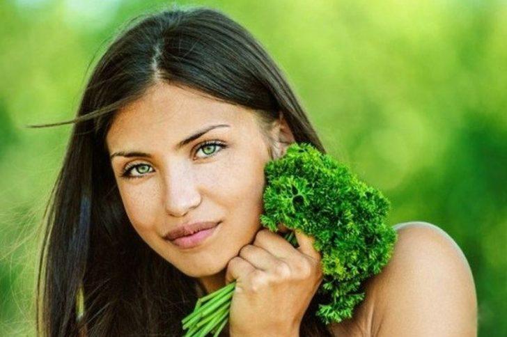 Маска из петрушки для лица: открываем секреты здоровой кожи!