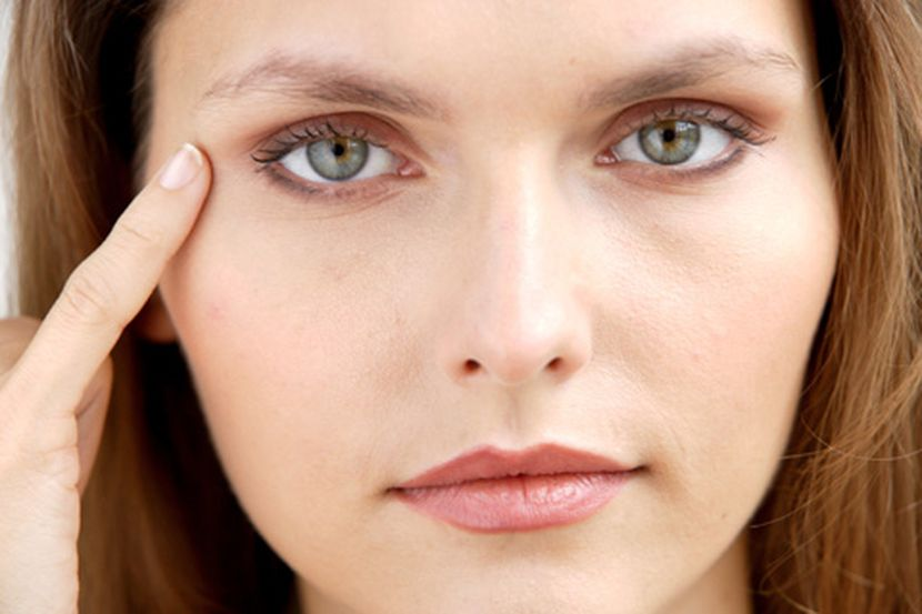 Правила нанесения масок вокруг глаз