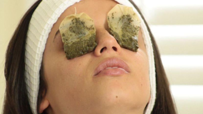 Домашняя маска для кожи вокруг глаз — скажи морщинам НЕТ!