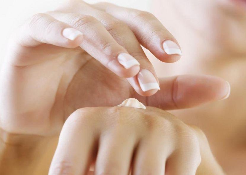 Маски для рук сделают кожу рук нежной и красивой даже в домашних условиях
