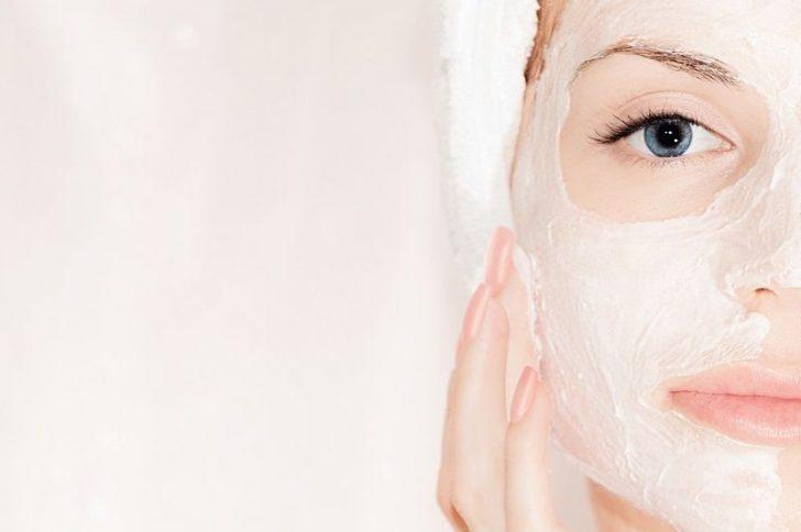 Эффективные домашние подтягивающие маски для лица: возраст отменяется!