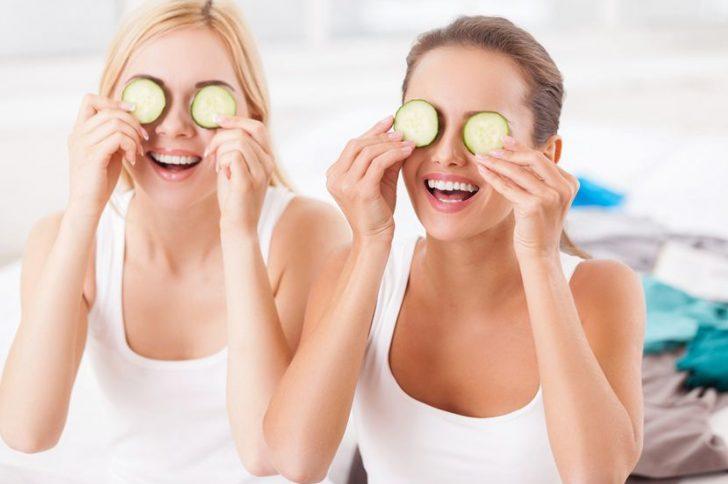 Маска от морщин вокруг глаз в домашних условиях: избавится от морщин реально!