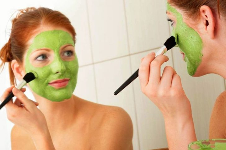 Как сделать маску из петрушки для отбеливания лица