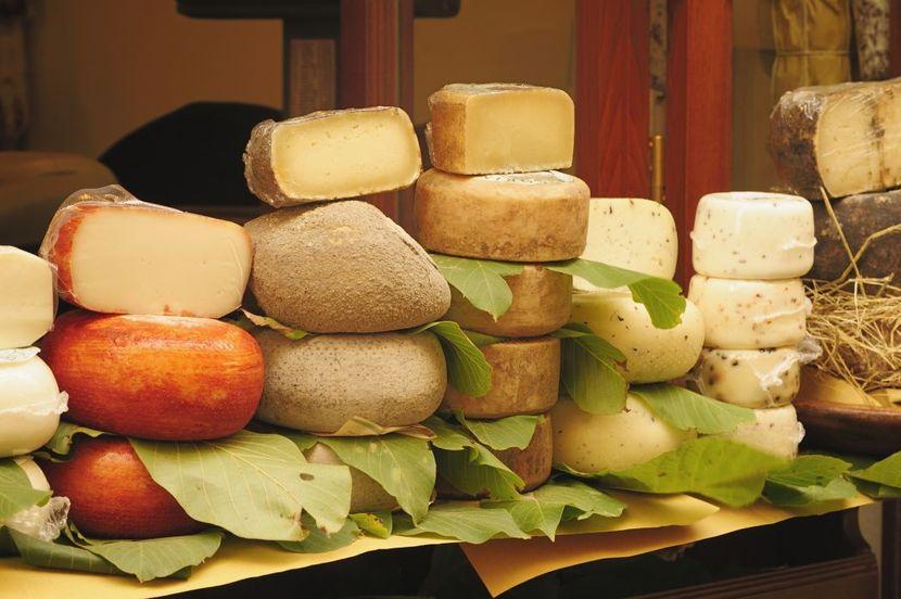 Виды сыров и их калорийность