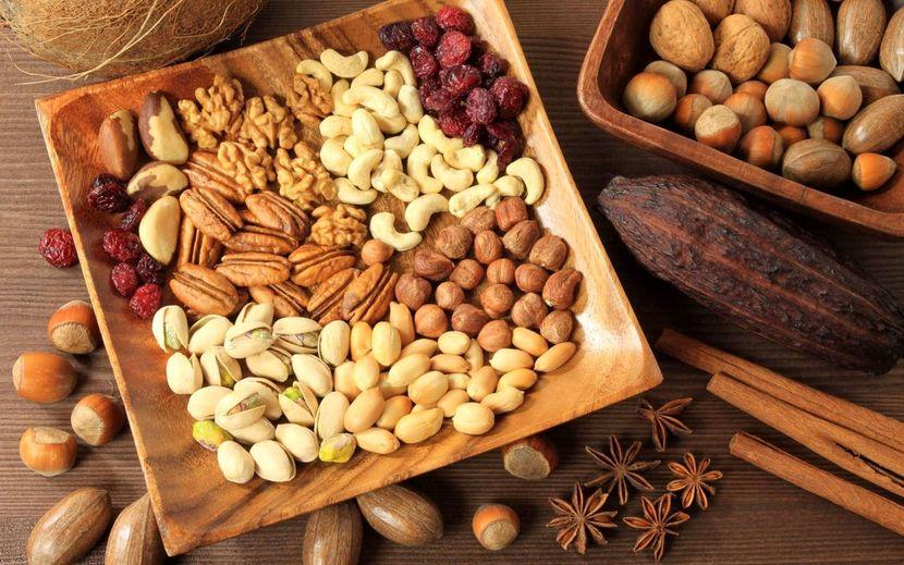 белок в орехах