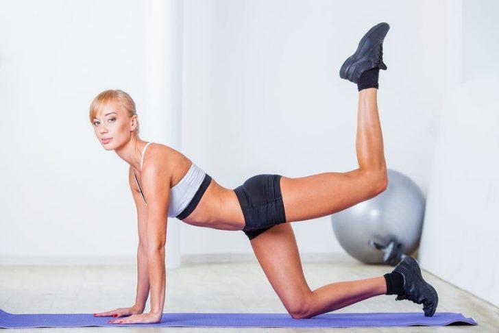 Упражнения для подтянутой попы