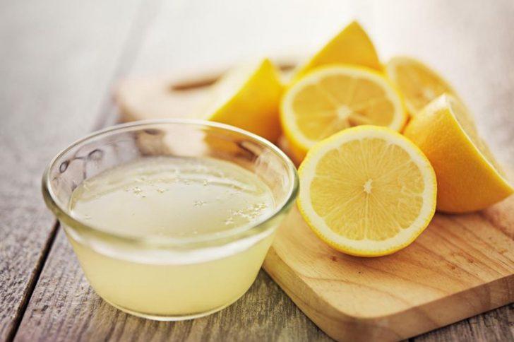 Вода с лимоном для волос