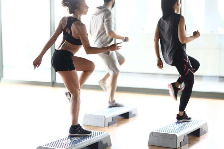 Упражнения для молодых и здоровых