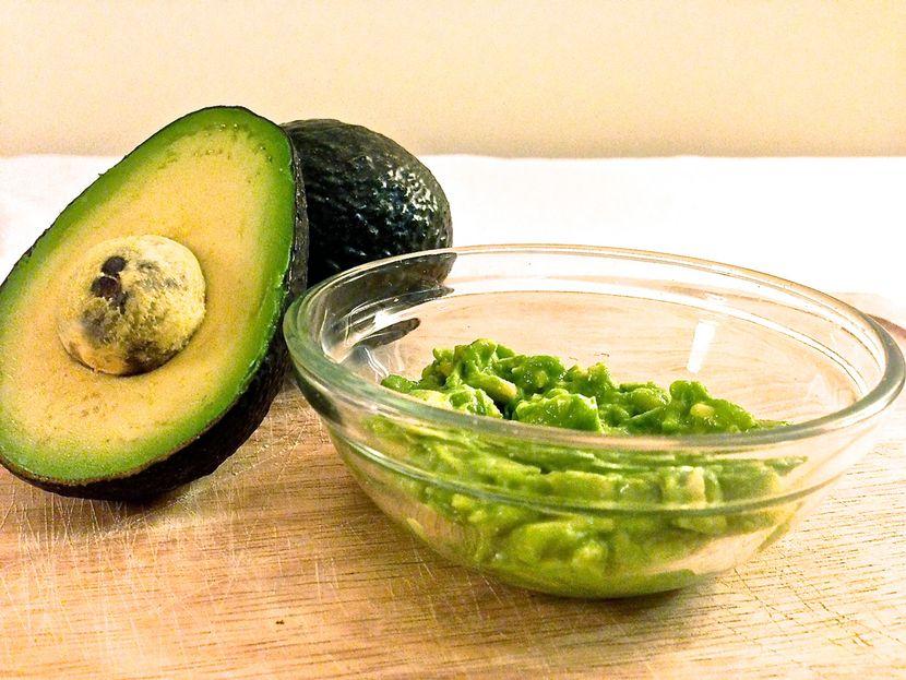 Рецепт приготовления маски для волос из авокадо