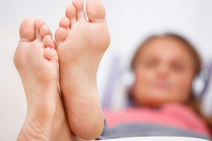Грибок на ногах: как распознать и вылечить?