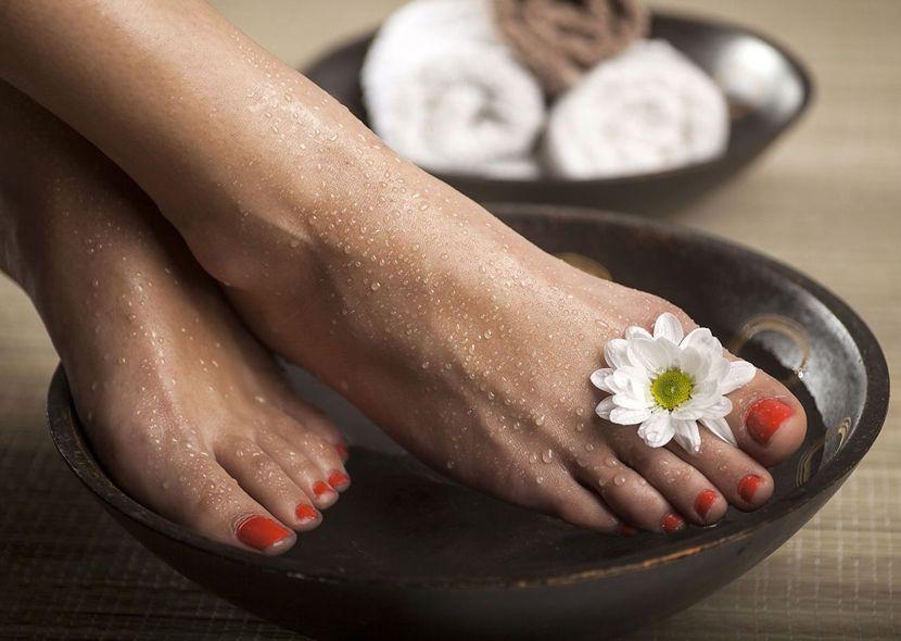 Облазит кожа на ногах и на пальцах ног, что делать когда шелушится кожа