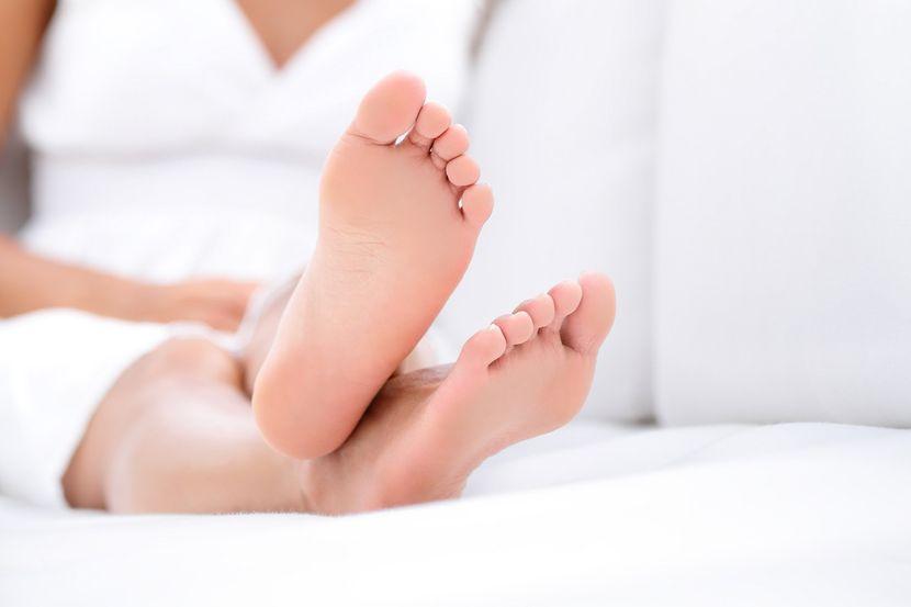 Болит большой палец ноги как помочь thumbnail