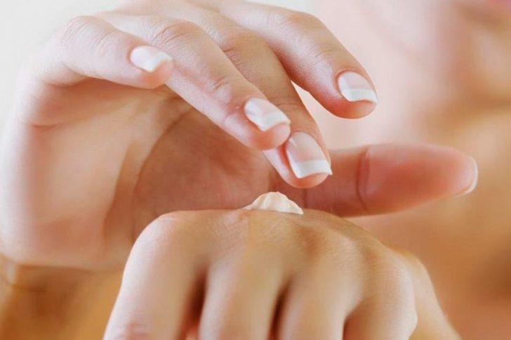 красные руки причины и лечение фото