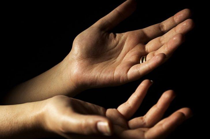 Прыщи на пальцах рук