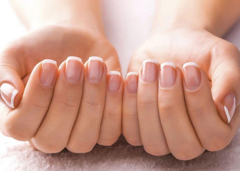 Слоятся ногти чего не хватает причины и лечение ногтей