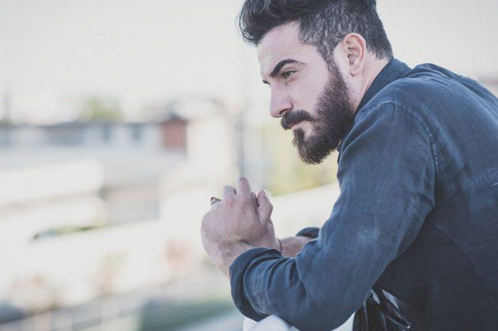 Касторовое масло для роста бороды
