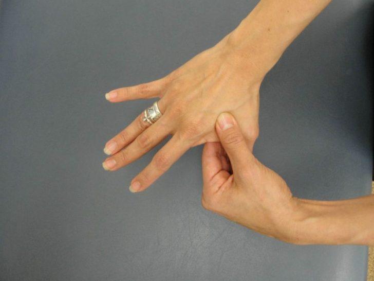 Что делать, если немеют пальцы рук