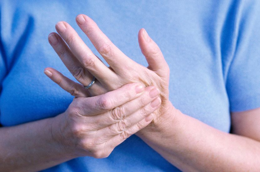 Одновременное онемение ног и рук
