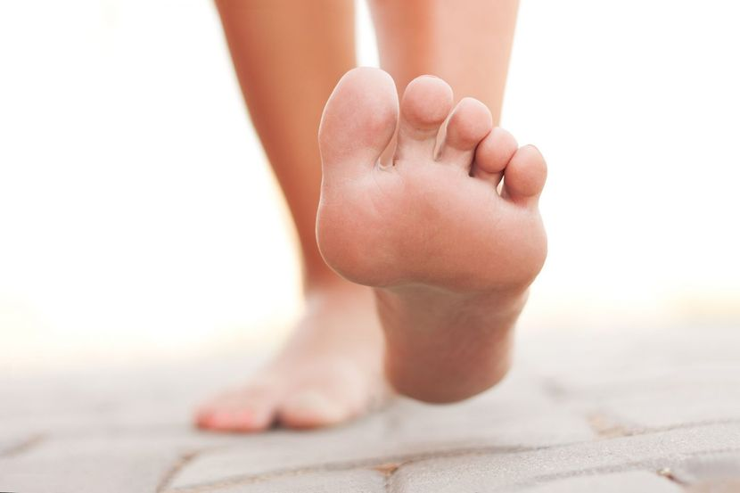 причина сильно болят ступни ног thumbnail