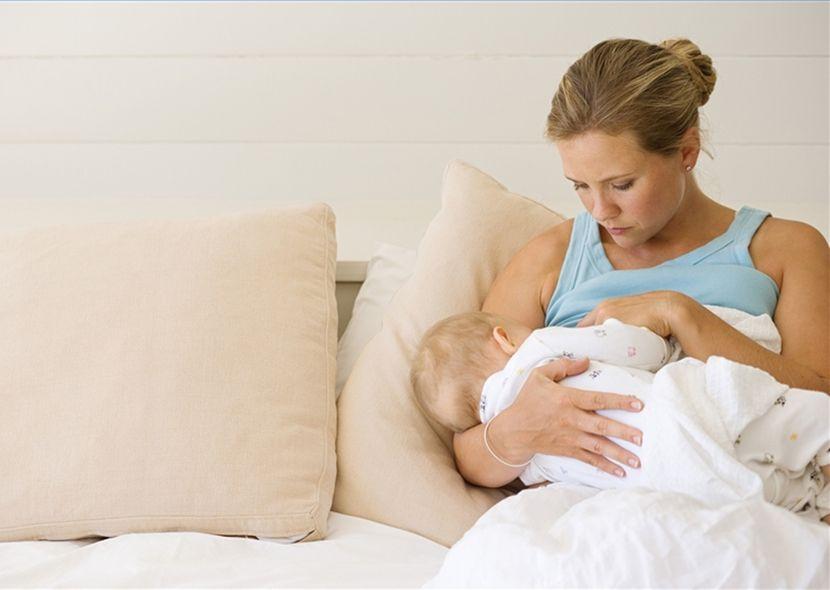 Витамины для кормящих мам: комплексная «поддержка» для двоих!