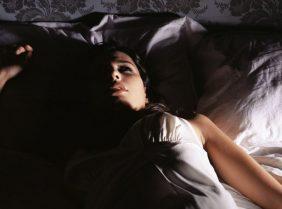 Как быстро заснуть ночью – 13 правил
