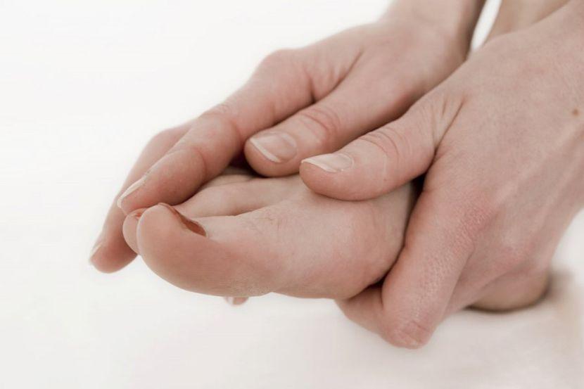 Самые распространенные причины отека ног