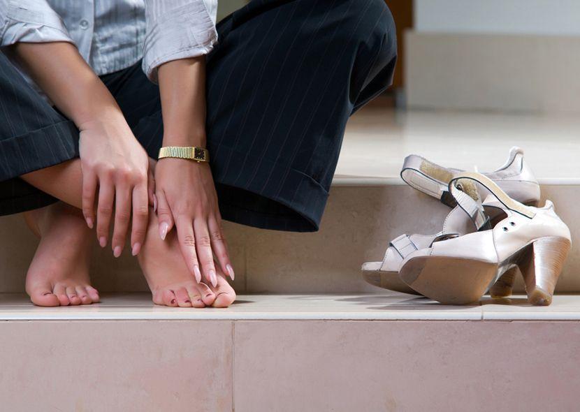 Что делать если болит нога в ступне