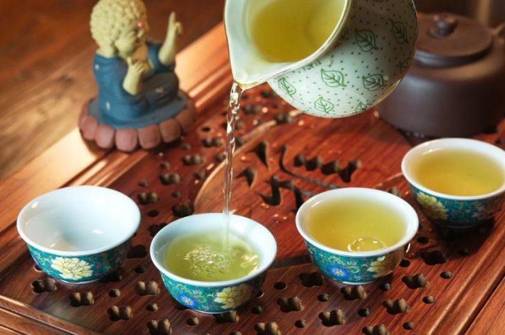 Как правильно готовится зеленый чай с лимоном