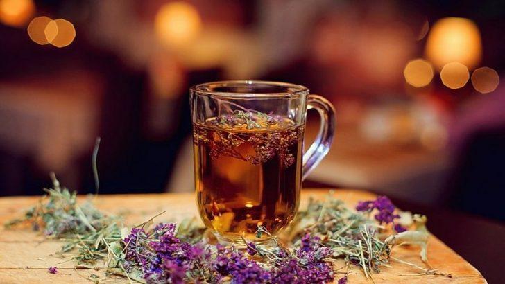 Чай из мяты и чабреца
