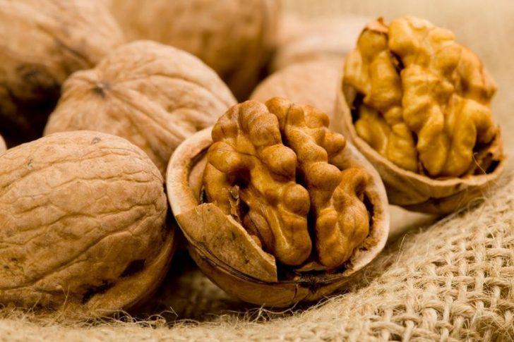 В каком количестве следует есть грецкие орехи при похудении?