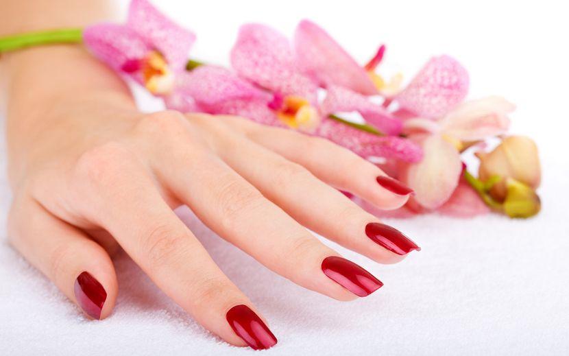 Самые распространенные причины ломкости ногтей