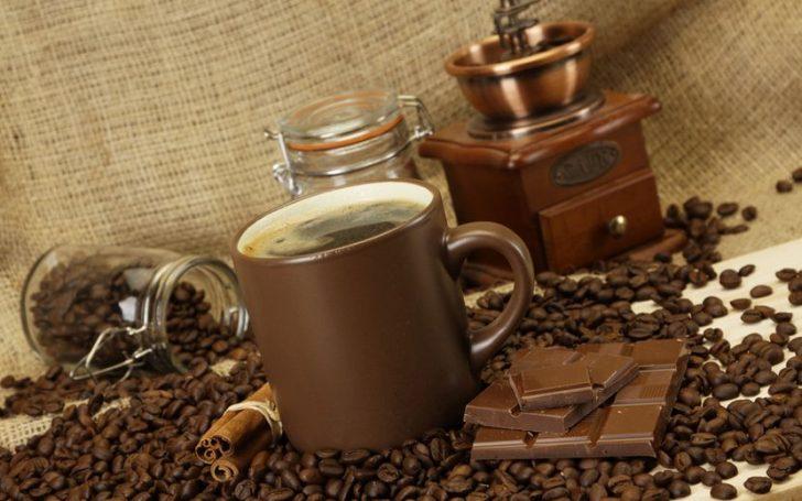 Кофе с корицей и шоколадом
