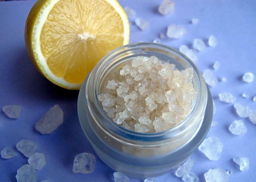 Варианты приготовления ванночек для ногтей с морской солью