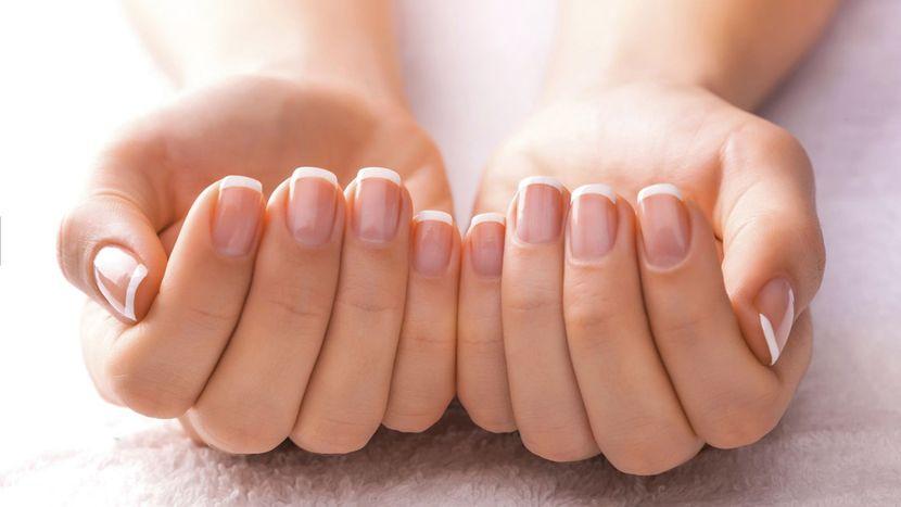Другие причины потемнения ногтей на руках