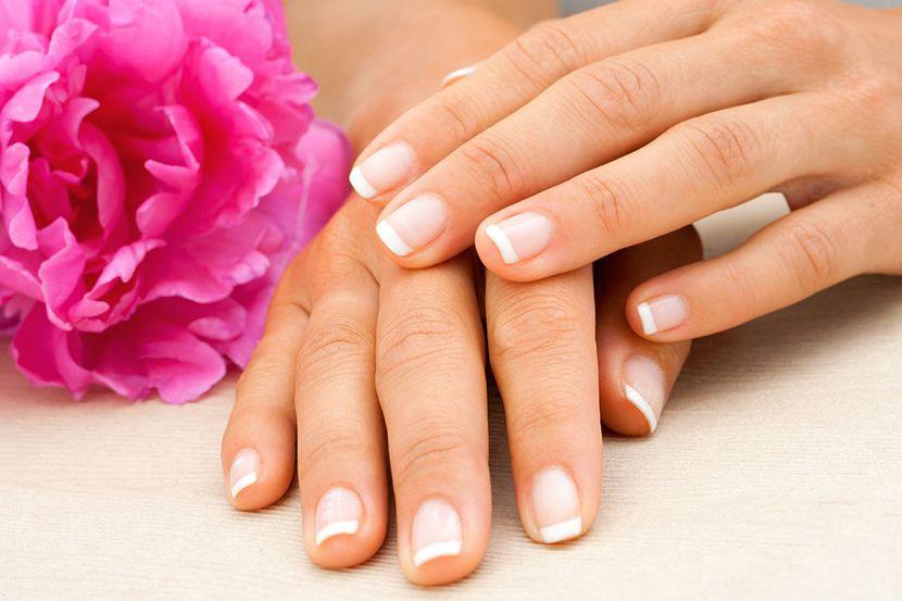 Ребристые ногти: самые распространенные причины появления
