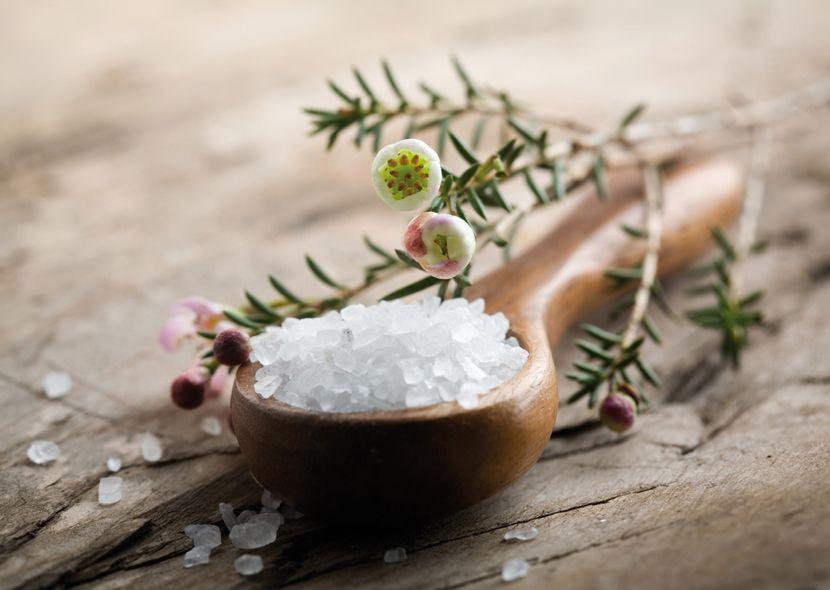 Морская соль от целлюлита: ТОП лучших рецептов