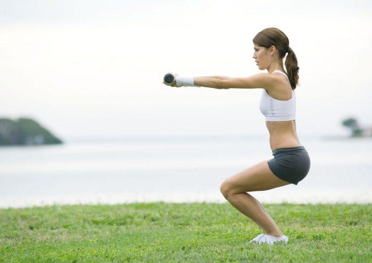 Упражнения от целлюлита на ягодицах