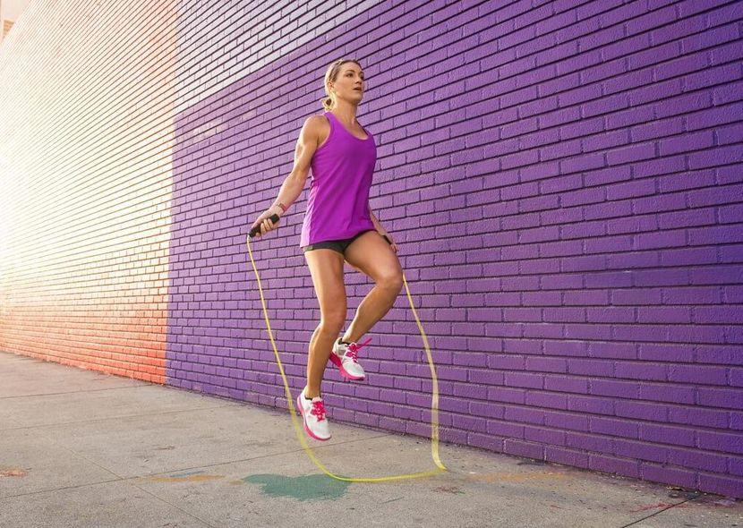 Как побороть целлюлит на ногах? Лучший комплекс упражнений!