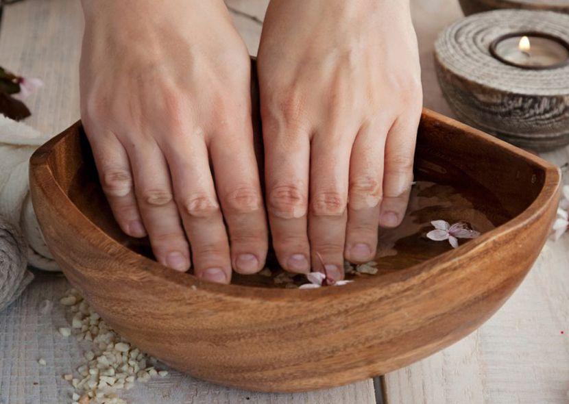 Ванночки для укрепления и роста ногтей домашних условиях